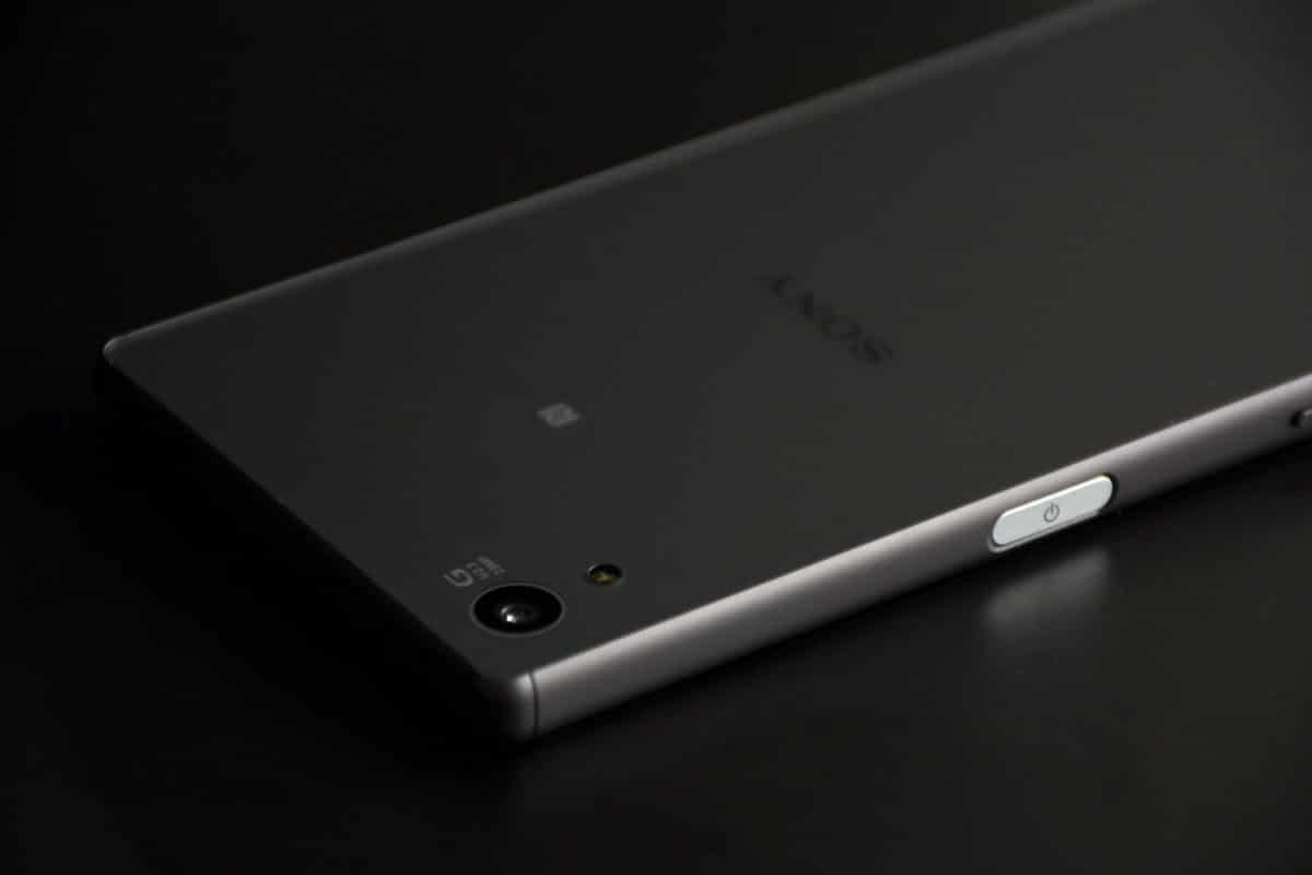 Lineage OS 15 on Sony Xperia Z5