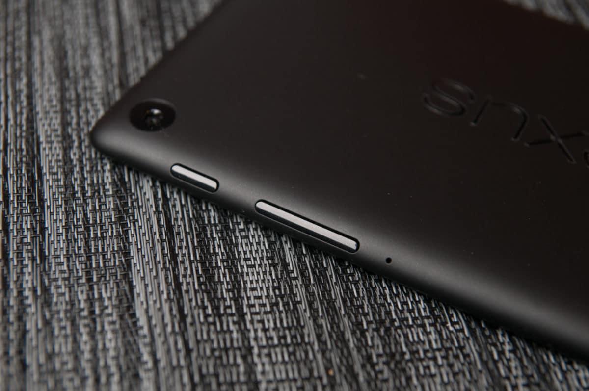 Lineage OS 15 On Nexus 7 2013