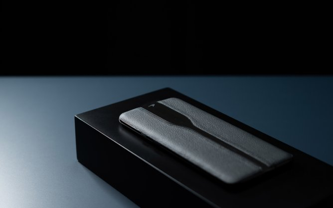 black Variant of OnePlus Concept One